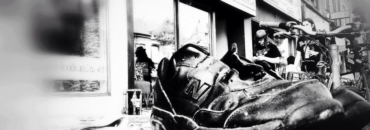 Los Zapatos Del Rey