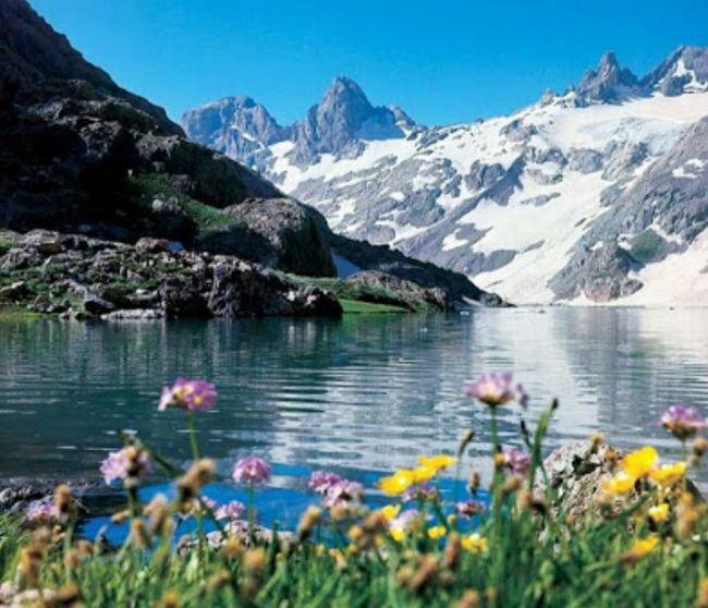 İki bin yıllık buzulların olduğu cilo dağı sat gölleri