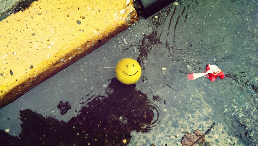 Not even rainy days are that bad when you are happy. ©Byron Guinanzaca. Rain Day Happy Newyorkcity
