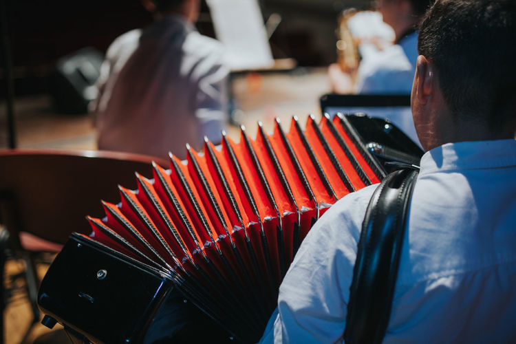 Music Skill  Accordion Akkordeon Artist Arts Culture And Entertainment Holding Indoors  Leisure Activity Men music brings us together Music Festival Music Is Life Music Is My Life Musical Equipment Musical Instrument Musician Orchestra Playing Rear View