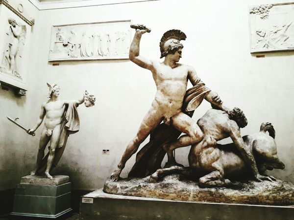 Heroes Art And Craft Males  Sculpture Arts Culture And Entertainment Statue Men Adult Antonio Canova NeoClassicism Neoclassical Marble People Centaur Perseus HERO Mythology One Man Only