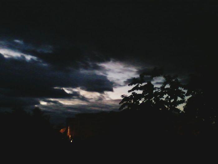 A noite chegando em Forkis Noite PapaiDoCeuNoControle CeuPerfeito Anoiteestasocomeçando