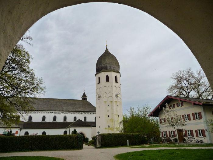 Apr 2010 - Inselgrabstätten, Klosterkirche Frauenwörth Bavaria Islandlife Lake Chiemsee Mideval Structures Overcast Skies