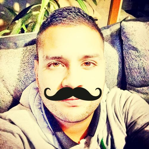 Mostacho :)