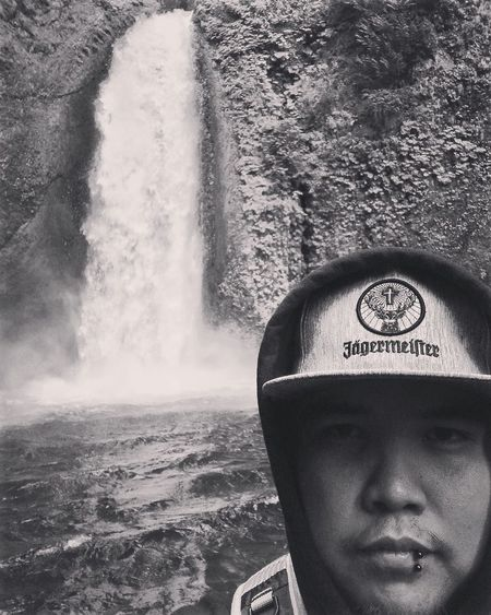 Waterfall #water #landscape #nature #beautiful Waterfall_collection Selfie ✌ That's Me Hanging Out Hello World Enjoying Life Oregon Oregonexplored Hikingadventures Oregonlife Outdoor Photography Nature Photography Blackandwhite Blackandwhite Photography B&w