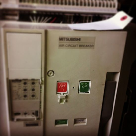 IC Instphoto Instimage Elecric circuit_braeker all a on off instgood re