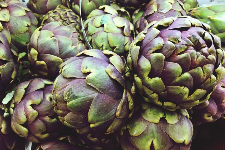 Freshness Healthy Eating Artichoke Food Vegetables Foodphotography Market Green Color Full Frame No People IPhoneography