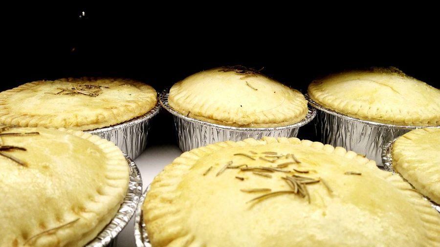 This is Pot Pie Display Food Photography Food Styling Food♡ Foodlover Pot Pie Food Western Food Pie Close-up Food And Drink Pastry For Sale Retail Display Window Display
