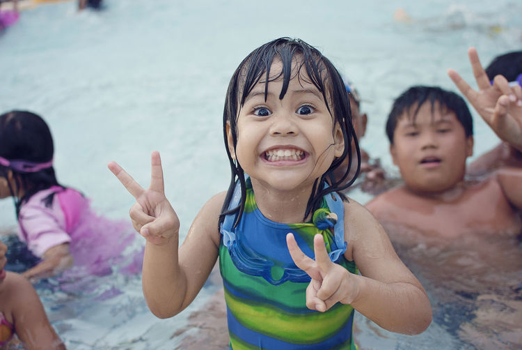 Enjoyment Family Hanging Out Happiness Happy Time Leisure Activity Love Outdoors Person Pool Pool Time Poolside Portrait Smiling Togetherness Water
