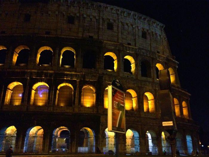 Roma Italy🇮🇹 Colloseum In Rome Night Architecture History Illuminated