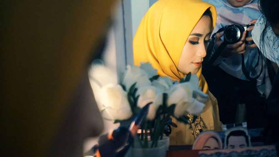 """Pretty Woman"" HUMANITY Humaninterestindonesia Humaninterestphotography EyeEmNewHere EyeEm Best Shots Shotoftheday EyeEm Gallery EyeEm Selects EyeEm EyeEmBestPics Beauty Eyeemphotography Photography Photo Photooftheday Photoshoot Girl Beautiful Beauty Hijab Hijabstyle  Moslem Makeup Goodday Yellow Pretty Hijabfashion INDONESIA Indonesia Photography  People"