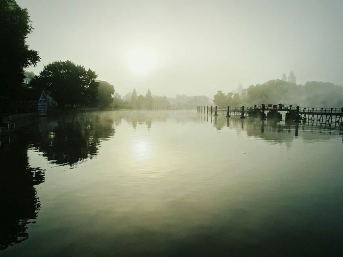 A Great Shot on the River Thames in a DIM and Foggy Morning. Morning First Eyeem Photo Grey Water Water Reflections Fresh Ripples In The Water Wake Up World Water_collection Water Ripples Cloudy Sunrise Dim Light Eyeem Photography EyeEm Getty Collection Eyeem Market EyeEm Gallery The Great Outdoors - 2017 EyeEm Awards