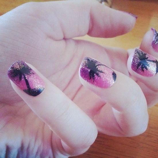 ♥ Palmtree Glitter Falsies Primark surprisinglygood cute pink purple glitter falsenails summernails summer
