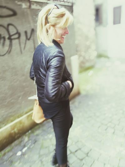 Collateral beauty Blond Hair Side View One Person One Woman Only Only Women City Beauty Day Smiling Family Love To Take Photos ❤ Photo WinterTime❄❄❄⛄🌀 February Italy🇮🇹 Colddays Road Memories Pictureoftheday Dark Mom ❤ Mama ♥ FAMILIA♥ Wintertime ⛄ Familytime👪👧👨👩 EyeEmNewHere
