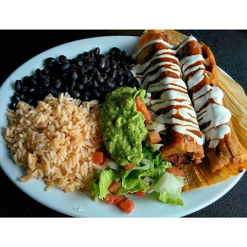 Quite possibly the best Tamales I've ever had. Casalatinabakery Food Mexican Spicy Berkeleyca Restaurant