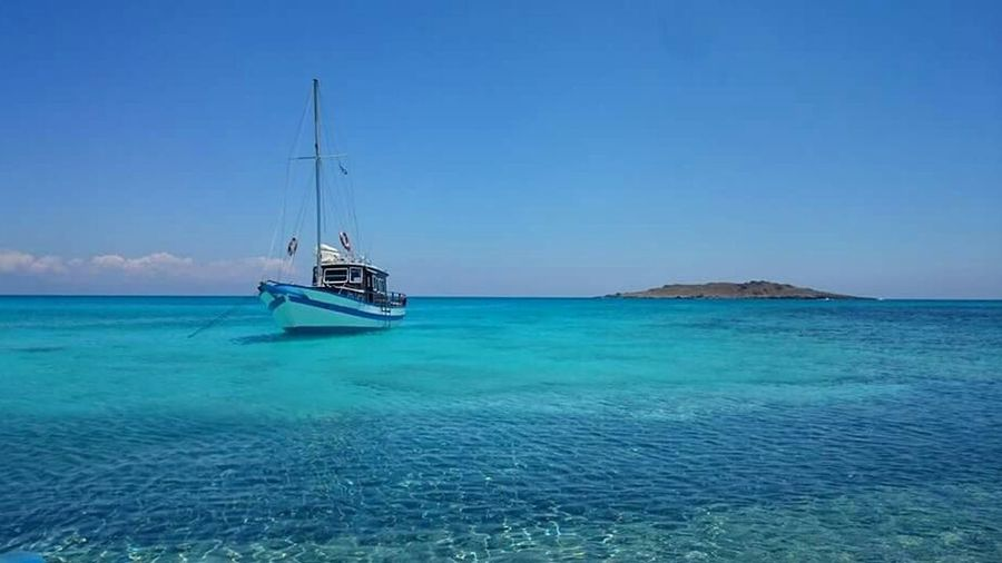 Sea Blue Water Beauty In Nature Tranquility Ocean Calm Mode Of Transport Nautical Vessel Day Sans Filtre Tranquility Tourist Nature Beach Grèce, Greece, Crete Greece Vacance Calme Eau Blue Sea Nature Nofilter Tranquil Scene