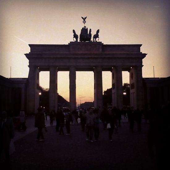 Berlin Brandenburg Gate Porte De Brandenbourg Monument Brandenburger Tor Germany Sunset