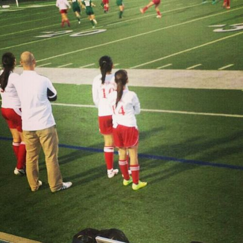 going in the soccer game made my 2 gols:)