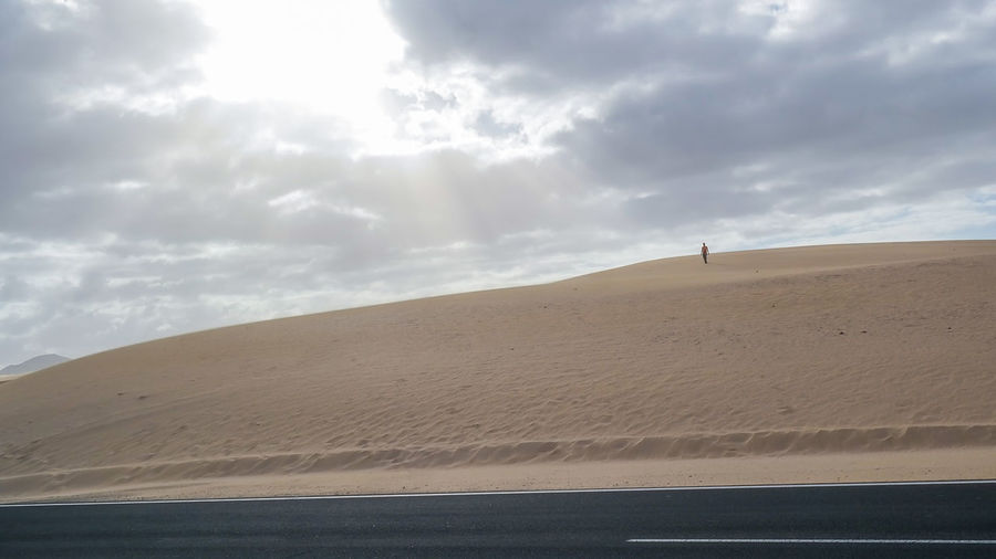 Corralejo Desert Connected By Travel EyeEmNewHere Fuerteventura Fuerteventura Island Fuerteventura Landscape Lost In The Landscape SPAIN The Week On EyeEm Arid Climate Beauty In Nature Cloud - Sky Corralejo Corralejo, Fuerteventura Corralejodunas Desert Landscape Nature Non-urban Scene Outdoors Physical Geography Sand Sand Dune Scenics Tranquility Travel Destinations