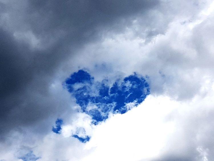 Blue No People Heaven Love Is In The Air Herz ❤ Wolken Und Himmel EyeEm Gallery EyeEm Selects EyeEm Best Shots Majestic
