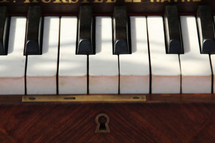 Piano perspective 3 Keylock Blackandwhite EyEmNewHere Wood - Material Piano Piano Key Perspective Musical Instrument Piano Music Piano Key Close-up Musical Equipment Keyboard Instrument