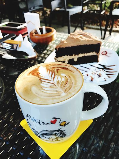 Cafe Coffee Break Coffee And Cigarettes Mocha Mocha Cake Yummy!
