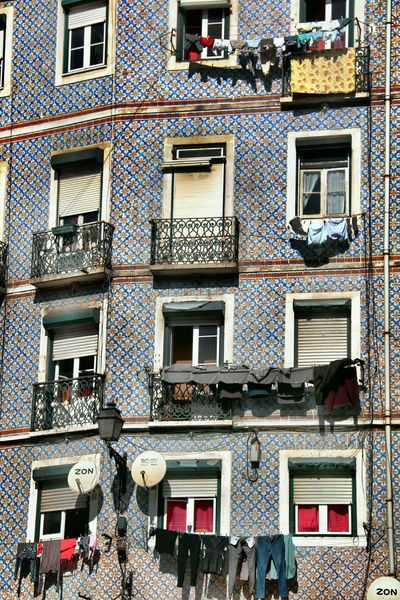 https://www.youtube.com/watch?v=RU-Z0SiQKgu&index=1&list=RDRU-Z0SiQKgU Tiles And Fasades Of Lisbon Different Perspective Residential Building Balcony Window Embrace Urban Life Art And Craft Ceramic Tiles Ceramic Art Art Is EverywhereArchitecture Street Photography Street Of Lisbon Urban Photography Lines, Colors & Textures Close-up Picturesque Lisabon Lisbon, Portugal Lisbon - Portugal Urban Exploration Design Creativity Lisbon StreetsBeautifully Organized