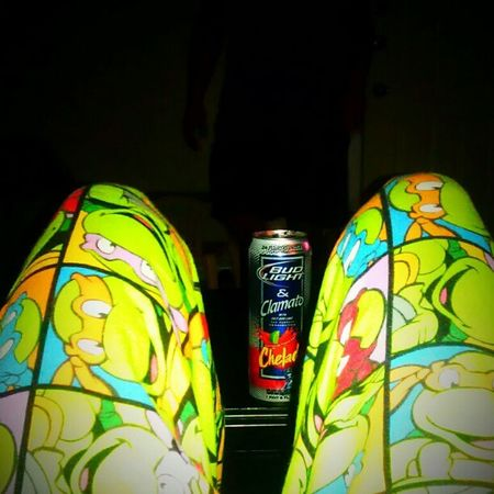Shillin out. Jammies Clamato Chillmode Teevees TMNT yum