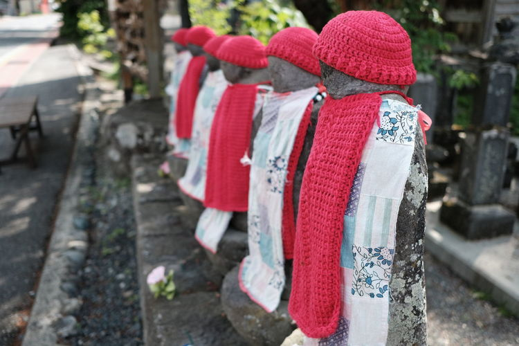 Jizo Fujifilm Fujifilm_xseries Historic Historical Nostalgia Nostalgic  Tree Red Hanging Text Close-up