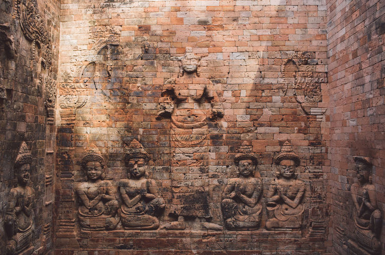 Siem Reap Cambodia Angkor Art And Craft Human Representation Religion Belief Architecture Representation Craft History Spirituality The Past Ancient Built Structure Male Likeness Place Of Worship Creativity Wall Carving - Craft Product No People Sculpture Ancient Civilization Carving Archaeology Bas Relief Idol Ancient History