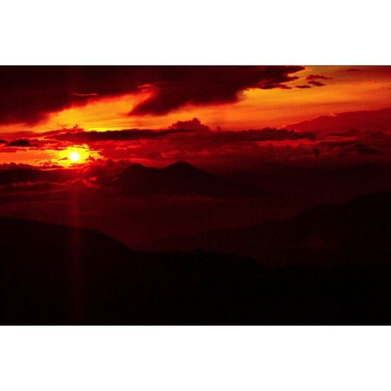 Sunset Gedepangrango Salak Greatview cibodas masihindonesia instagallery instagood instanusantara sunsetsniper brightsky brightsun intasunda instabogor