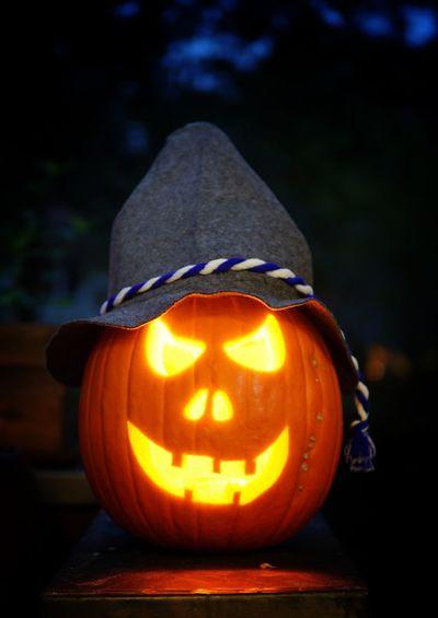 Pumpkin Halloween Celebration Night Illuminated No People Tradition Focus On Foreground Outdoors Kürbis Oktober Oktoberfest Sony A6000 Sonyalpha Sigma Sigma Lens