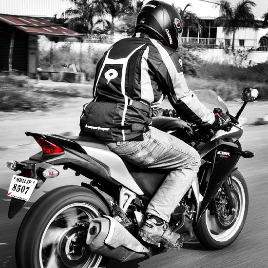 Riding is peace Cbr Riders Photooftheday Speed Road Expidition