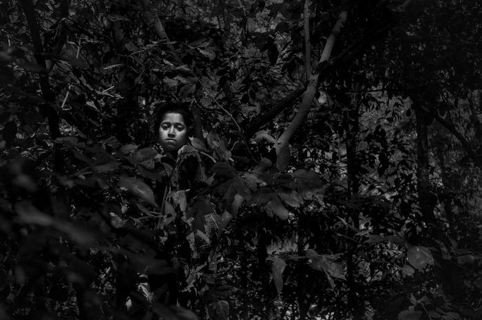 The face . The Global EyeEm Adventure Portrait Portrait Of A Woman Week On Eyeem Eyem Gallery Blackandwhite Eyeemadventure Lifestyles Eyeem On Week Travel Photography Womens Portraiture Beautiful Light Traveling Bangladesh Eyeemmarket