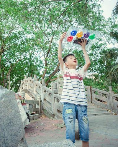 大写的开心 Maoming Portrait Kid Green Happy Lifestyle Holiday Joy Funny