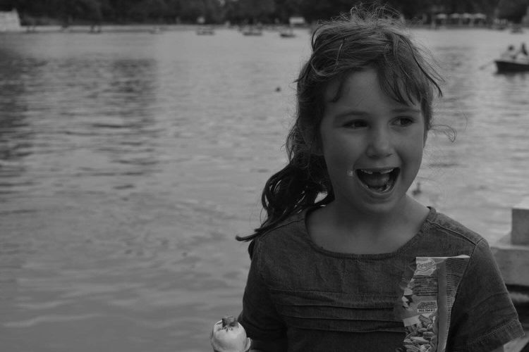 Kindness smile Smile Beautiful Child Madrid Spain Trip Photo Blackandwhite Black & White Still Life