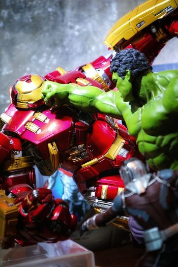 Hulk Hits Photoshoot Photo Photograph Camera Canon Mirrorless Huntingphoto Marvel Hulksmash Hulkbuster Marvelactionfigure Marveluniverse