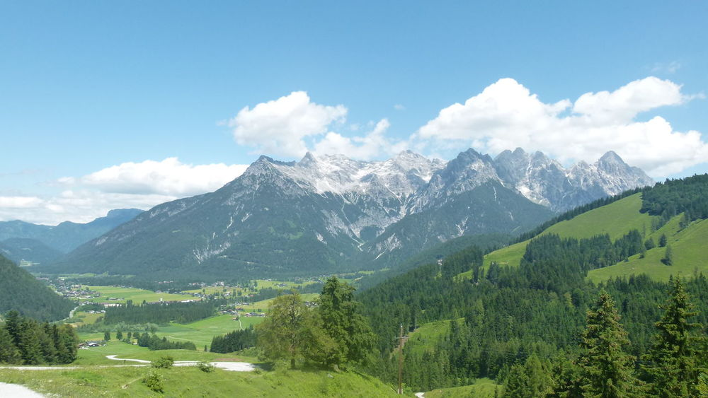 Tirol/Österreich Betterlandscapes Oesterreich Tirol  Huette Beauty In Nature Cloud - Sky Forest Landscape Mountain Mountain Range Nature No People Outdoors Sky Tree Go Higher Summer Exploratorium Going Remote