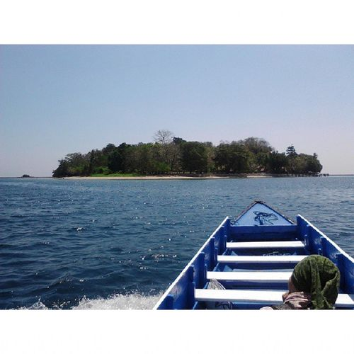 IamOnBoat goes to Dutungan Island INDONESIA
