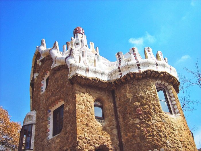 """ThrowbackThursday 2006 """"The Beginning"""" 10Yrs Ago when i started photography with my canon powershot and never made to show. Hello World Check This Out 2006 The Beginning Of My Photography Recalling The Old Times Recall Past SPAIN Barcelona, Spain Barcelona Gaudi Park Guell Park Gaudi 10 Years Ago Antoni Gaudí Historical Site Throwbackthursday  2016 Showcase The Beginning"""