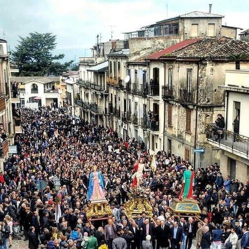 Affruntata Pasqua Crowd Architecture Building Exterior Large Group Of People Built Structure Group Of People Real People