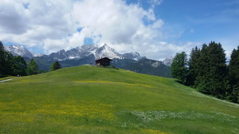 Hello World Starting A Trip Enjoying Life Hiking Hikingadventures Hiking Trip Garmisch-partenkirchen Eckbauer Bavaria Bavarian Alps Alpen Alpenwelt Alpenpanorama Alps Germany Mountains Mountain View Nature Nature_collection Nature Photography Sky Sky And Clouds Sky_collection
