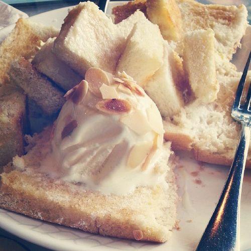 Classic honey toast :9