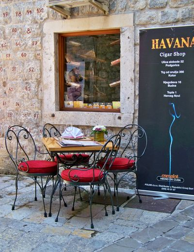 """""""Coffee break"""" Ambiance, Cafe,cigar, Havana ,culture,red,stone,ancient,tourism,port,village Bakery, Coffee Time Day No People Old Outdoor. Relaxation Seat"""