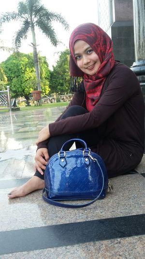 Me and hijab Iedmubarak Hijabstyle  Idulfitri2015 Hunting Photo Outdoor masjid Dian Al-mahri,kubah emas-Depok