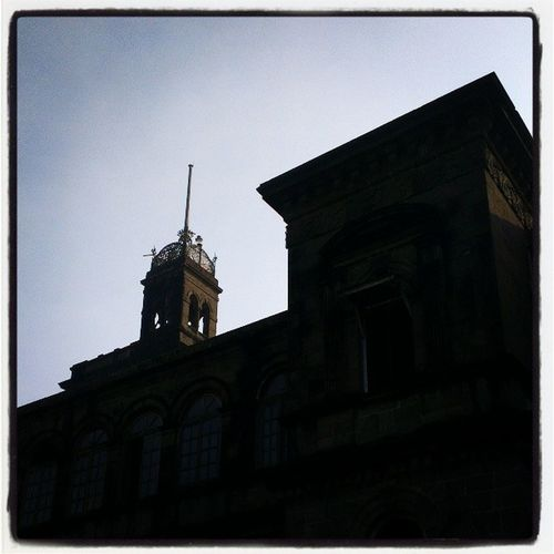 Iconic buildings of Pune. An unforgettable mark left by the British in Pune. Puneuniversity Governorhouse British