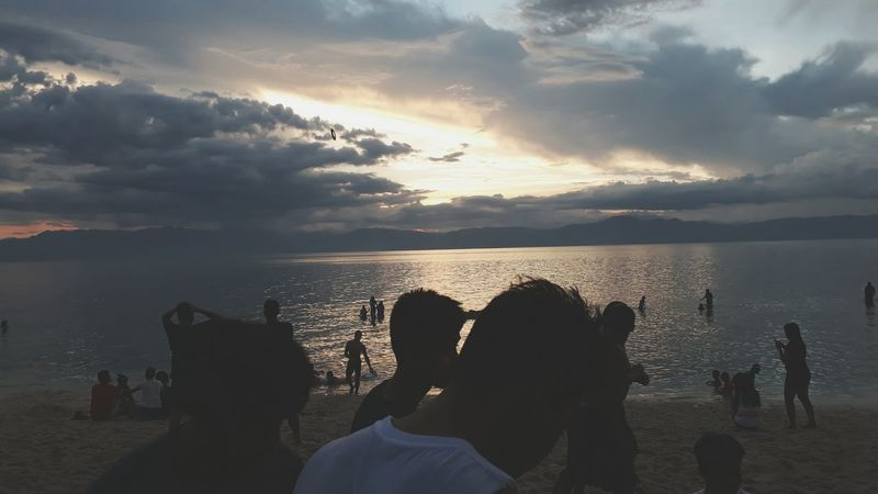Last day of summer Silhouette Sea Beach Horizon Over Water Sunset Cloud - Sky Vacations Water Summer Fun Outdoors Enjoyment Togetherness People Shadow Sky Party - Social Event Scenics Adult Nature friends The Great Outdoors - 2017 EyeEm Awards The Great Outdoors - 2017 EyeEm Awards