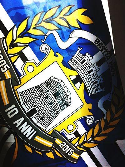 Forza Bastia Drapeau Corse On Est Bien La Uniti Familly Time Bastia ⚽️🙈😱⚽️🐶❤️ Football Lesphotosdesarah Ambiance Hotel