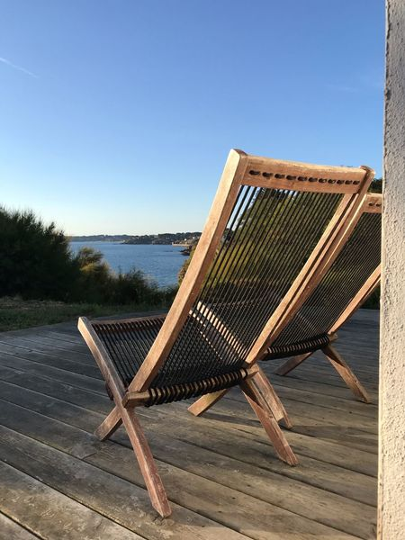 S'arracher du paysage Sky Clear Sky Day Nature No People Copy Space Blue Chair Absence Wood - Material