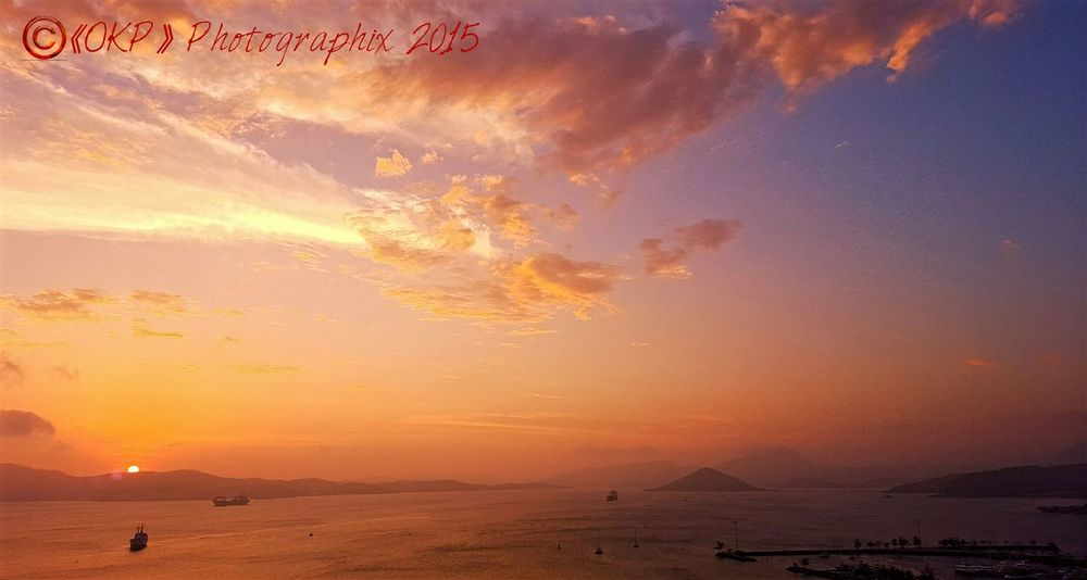 Capture The Moment Sunsetchaser Evening Sky SamsungS6Edge Fireinthesky Papuanewguinea Port Moresby Brilliant Colors 《OKP》Photographix 2015